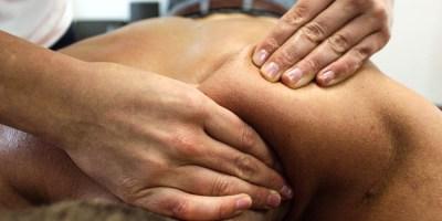 Cudowna dłoń masażystki… Ile czekamy na rahabilitację?