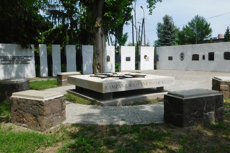 Pomnik stanął w Parku Wiosny Ludów