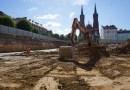 Co słychać na dwóch budowach w centrum Kutna?