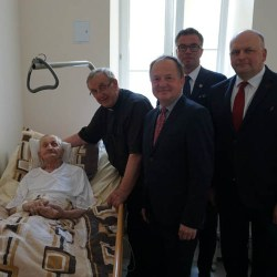 Ks. Jan Sposób Honorowym Obywatelem Miasta Kutno