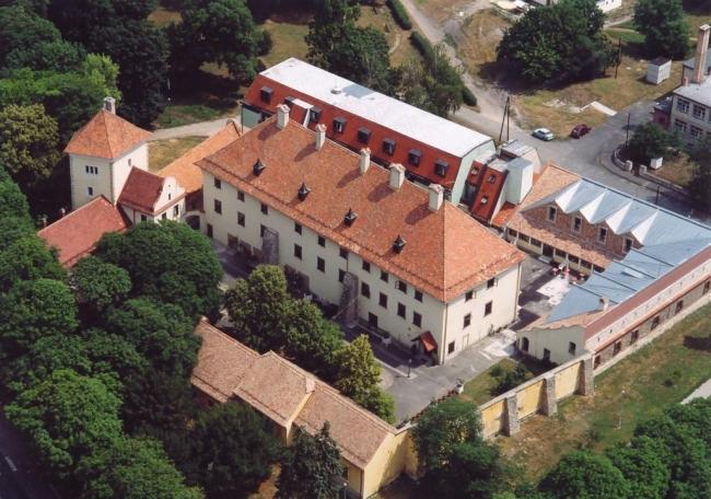 Devecser Esterházy kastély