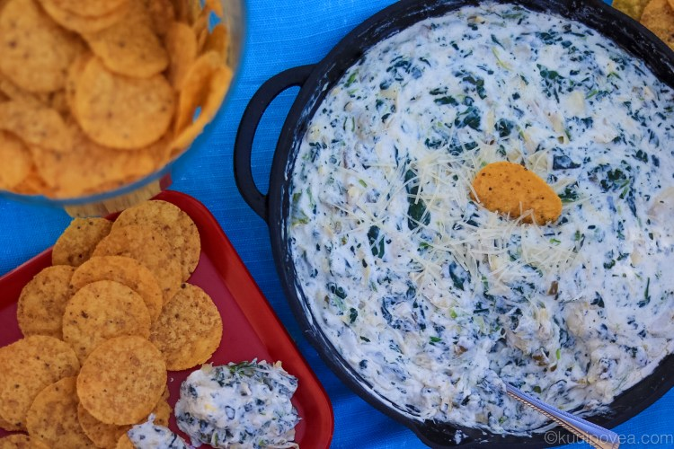 Easy Spinach Jalapeño and Artichoke Dip