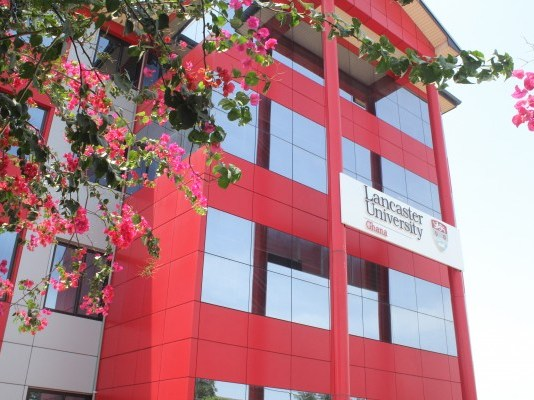 lancaster university ghana photo via kuulpeeps.com