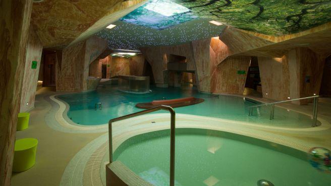 Viiking_Spa_Hotell_basseinid