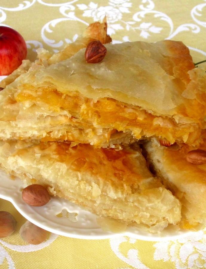 Pita sa bundevom, jabukama i lešnicima