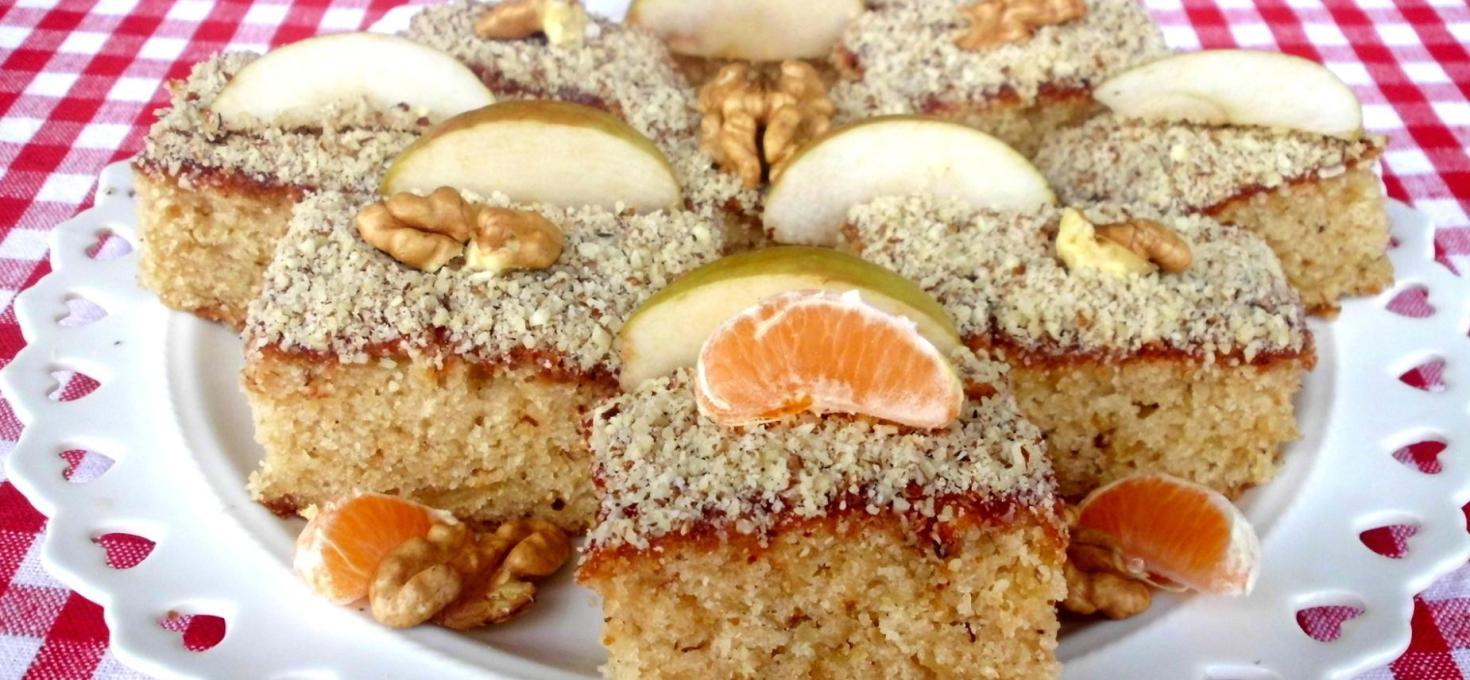 Posni kolač sa jabukama i mandarinama