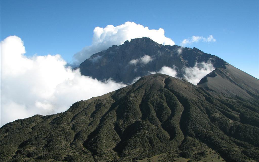 3 Day Trekking and Climbing Mount Meru, Tanzania