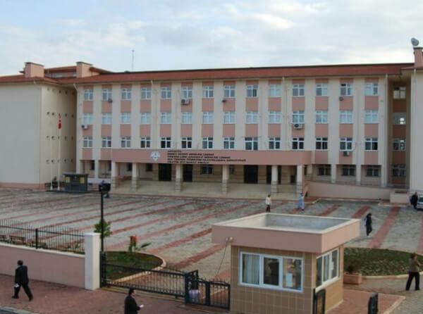 Antalya - İsmet İnönü Mesleki ve Teknik Anadolu Lisesi