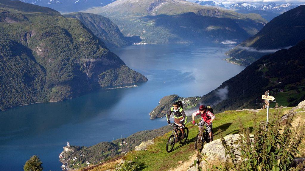 Norveç Fjørå Dağ Bisikleti
