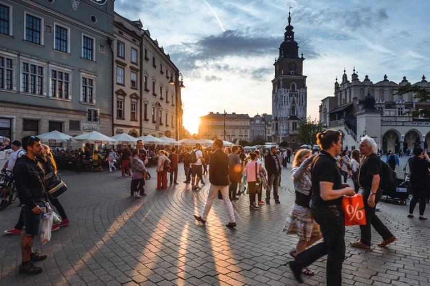 Kuzey Avrupa Turuna Çıkmanın Gençlere Faydaları