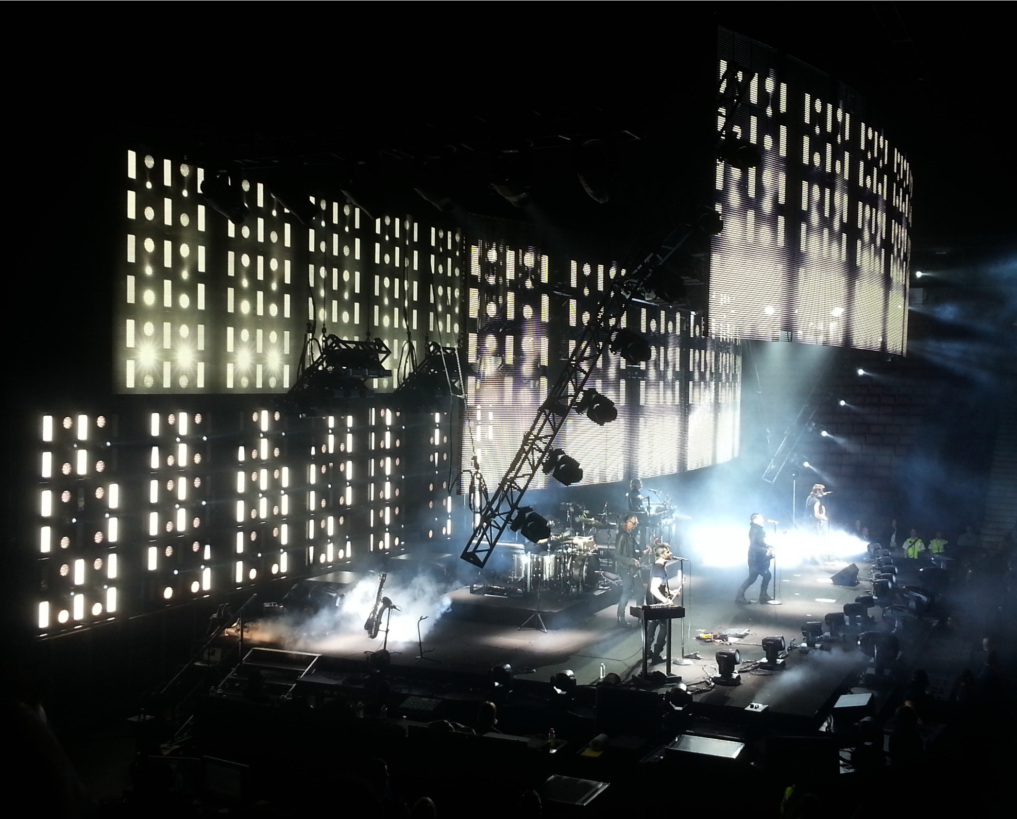 140 on Nine Inch Nails, live at Rogers Arena | Beyond the News