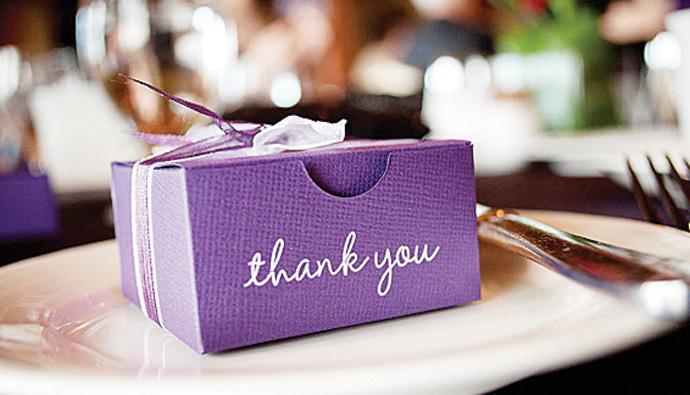Ultra Violet kolor roku 2018 wg Pantone