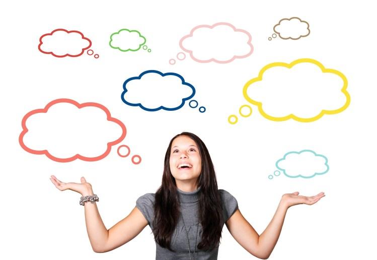 vrouw denkt over tijdvakken kwartet