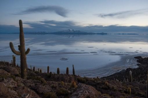 Czekając na wschód słońca na Wyspie Kaktusów