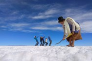 Norma sprząta Salar z niedobrych turystów
