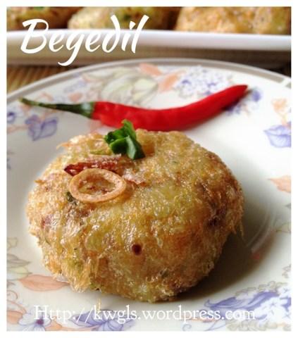 Mee Soto Ayam (马来鸡汤面)
