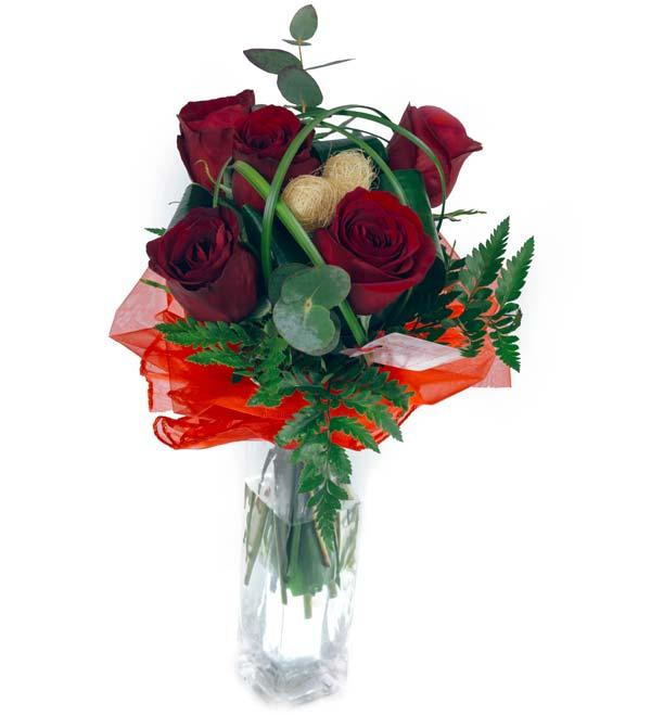 ciekawy bukiet róż