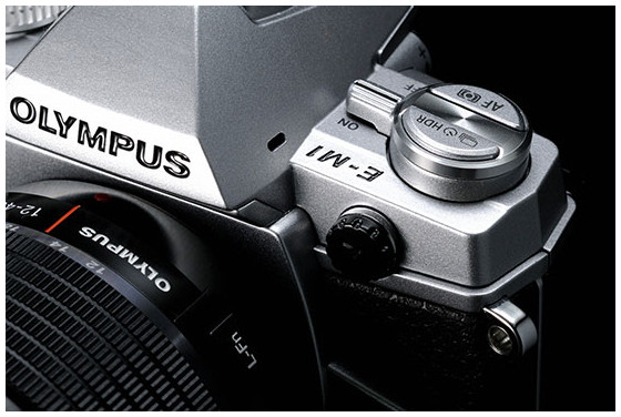 Olympus M.ZUIKO DIGITAL ED 40-150mm f/2.8 PRO lens and silver OM-D E-M1 camera announced