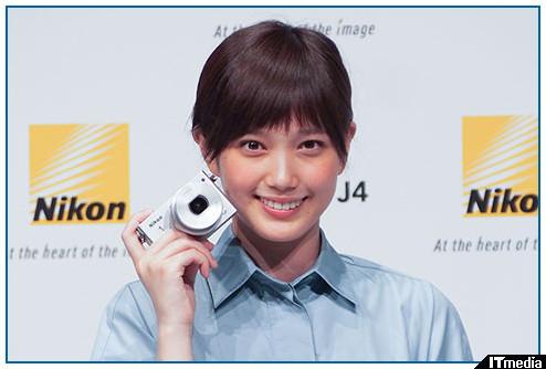 http://camera.itmedia.co.jp/dc/articles/1404/10/news113.html