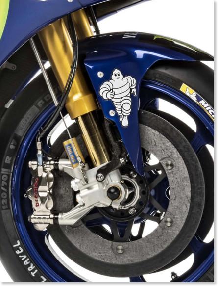 http://i0.wp.com/www.asphaltandrubber.com/wp-content/uploads/2016/01/2016-Yamaha-YZR-M1-Jorge-Lorenzo-03.jpg