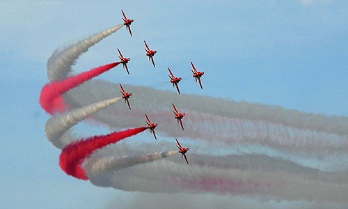 Red Arrows air show in Kuwait on Thursday