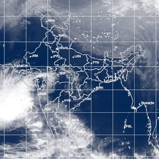 IMD predicts: Cyclonic storm 'hikaa' to arrive oman seashore by 25th september