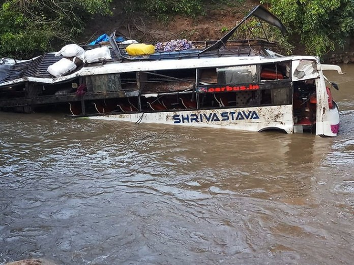 In MP 8 killed, 20 wounded after bus falls into the river stream
