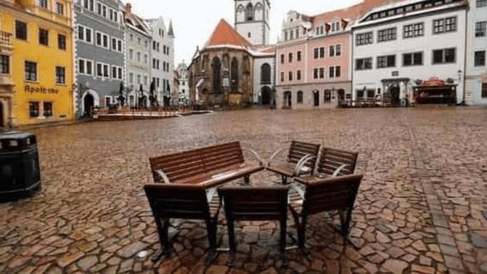 Lockdown extended in Germany