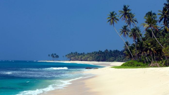 Sri Lanka reopens international tourism