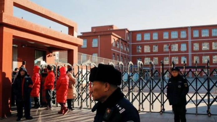 China - 2 dead and 16 injured in a stabbing incident at kindergarten