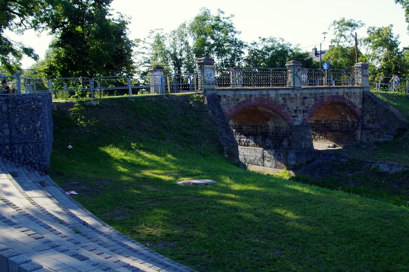 Podlesie i Zarzecze - most