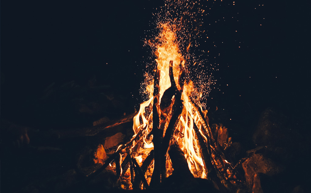 campfire - OUTDOOR ACTIVITIES