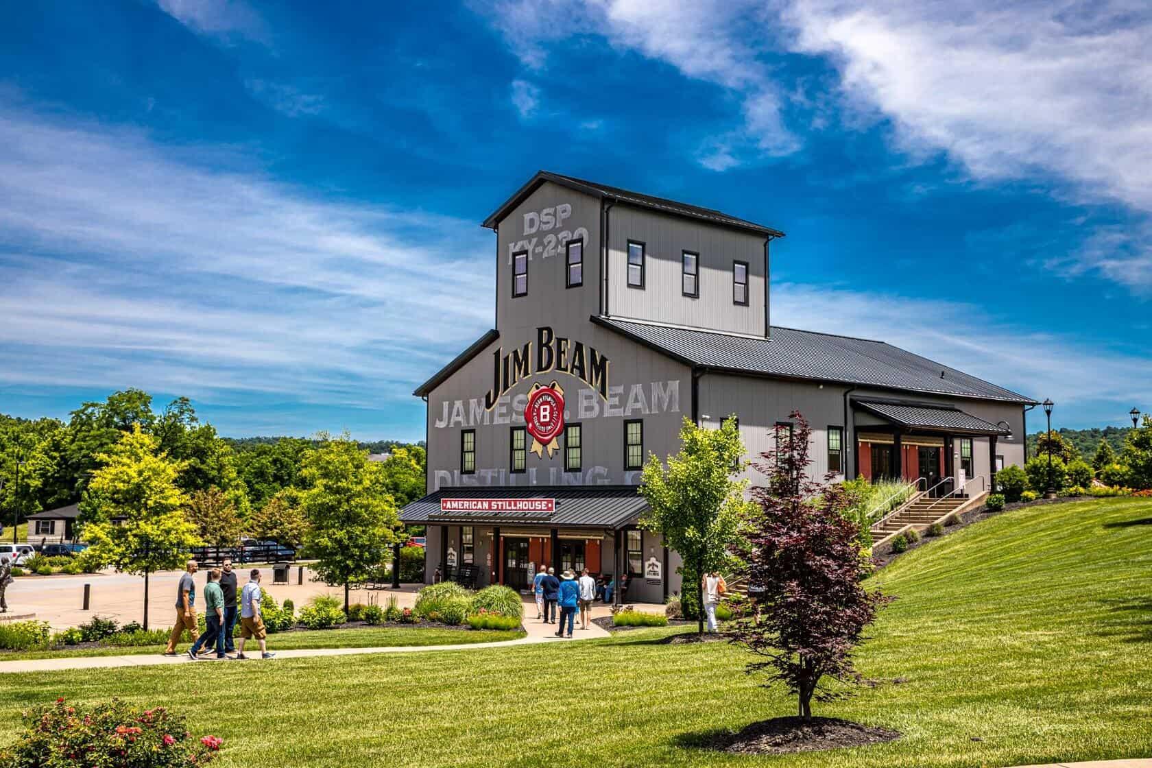 Beam1 - Mint Julep Experiences hosts the Derby Eve Bourbon & BBQ Throwdown at Jim Beam Distillery