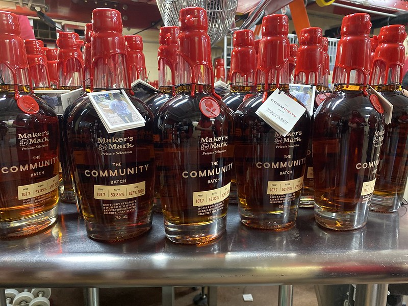 """50606789578 c41b7af257 c - The LEE Initiative Partners with Maker's Mark® to Release """"CommUNITY Batch"""" Bourbon with 100% of Proceeds Supporting the Hospitality Industry"""