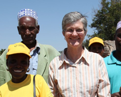 Robyn Alders in Mozambique