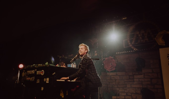 Andrew McMahon in the Wilderness / 1.26.19