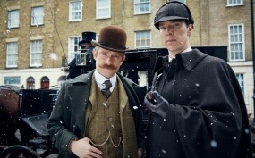 WARNING: Embargoed for publication until 14:30:01 on 24/10/2015 - Programme Name: Sherlock - TX: n/a - Episode: n/a (No. n/a) - Picture Shows: **STRICTLY EMBARGOED UNTIL 24TH OCTOBER, 2015 AT 14:30HRS** Dr John Watson (MARTIN FREEMAN), Sherlock Holmes (BENEDICT CUMBERBATCH) - (C) Hartswood Films - Photographer: Robert Viglasky