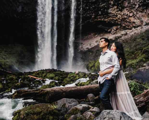 Tamanawas Falls Engagement Photography