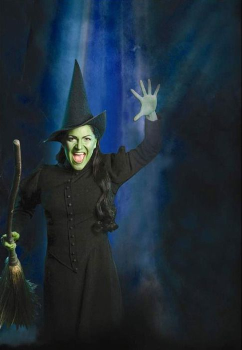 Shoshana Bean as Elphaba, photo copyright 2005 Joan Marcus.