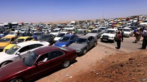 (2014-06-10)- 150,000 people flee Mosul