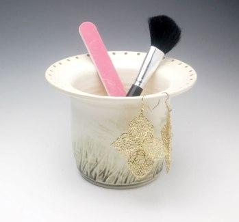 earring vase