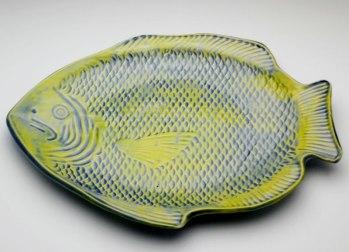 """7x10"""" fish dish"""
