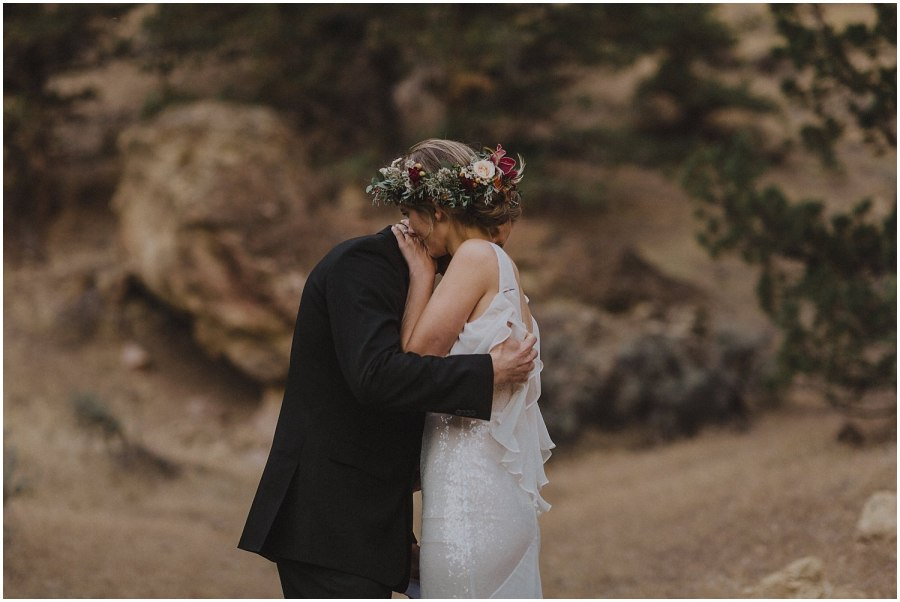 wedding couple hugging at smith rock elopement oregon elopement and wedding photographer kyle szeto