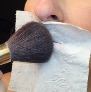 How to make your lipstick last all day