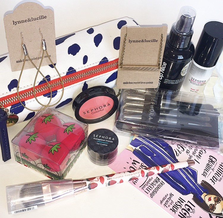 My first year of blogging has already come and gone! I have had to many opportunities already in my first year of blogging to work with brands, gain blog sponsors, sponsored posts, and have had the opportunity to work with other bloggers. I've also partnered with a few of my favorite brands to bring you this fun giveaway featuring a makeupe and jewelry bundle!