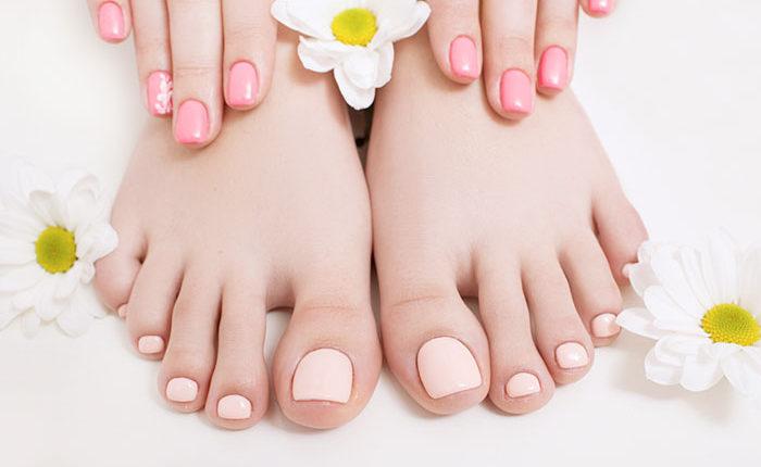 Màu nude nails hợp thời trang