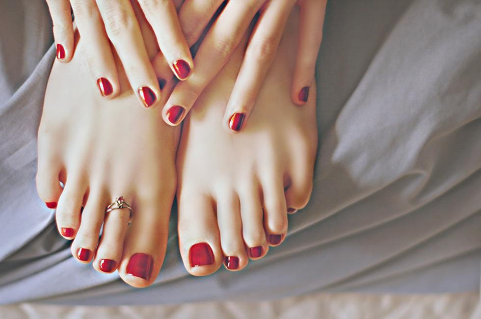 Cách chọn màu sơn móng chân đẹp hợp với da bạn