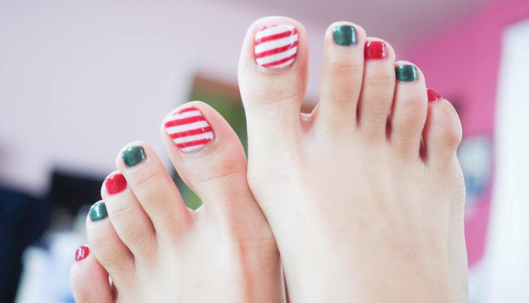 Phối các gam nóng lạnh giúp bàn chân thêm nổi bật