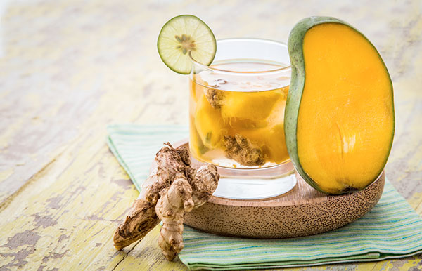 Nước detox xoài và gừng chứa nhiều dưỡng chất có lợi cho sức khỏe