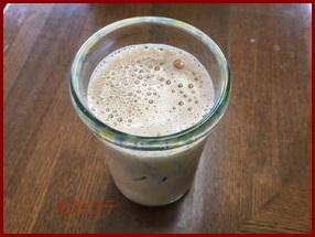 kafeee カフェラテの作り方 泡の作り方やアート絵の書き方を紹介します。